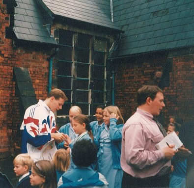 Olympic Swimmer James Hickman pays a visit '96